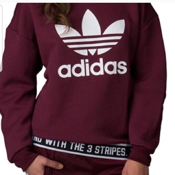 Adidas Crew Neck Oversized Pullover Medium